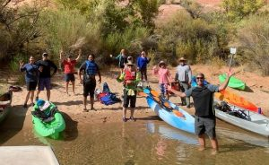 kayak-horseshoe-bend-lake-powell-grand-canyon