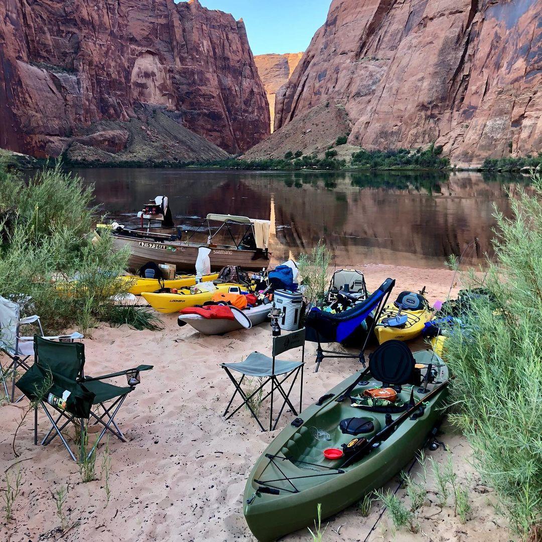 kayak-horseshoe-bend-lees-ferry-camping-kayaking